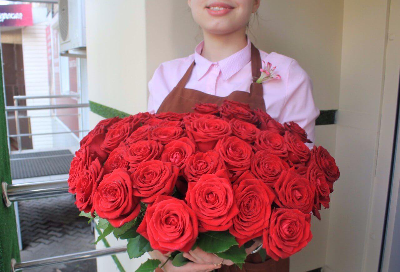Сколько будет стоить букет из 21 розы с доставкой, цветы и букет